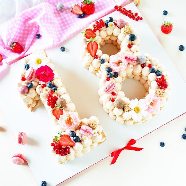 18. Geburtstag Letter Cake