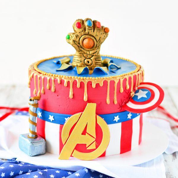Avengers Torte