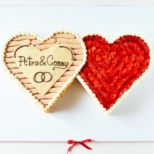 Hochzeitstorte Herzen