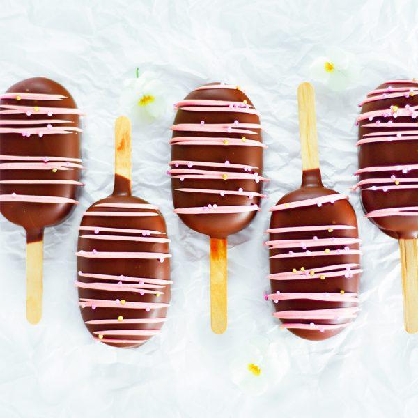 Schokoladen Cakesicles / Kuchenlollies